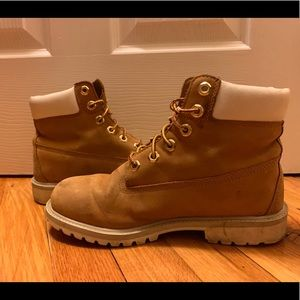 Used Timberland boots with white